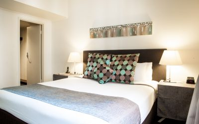 Boutique Accommodation Adelaide, Hotel Richmond kingsize bed with designer linen